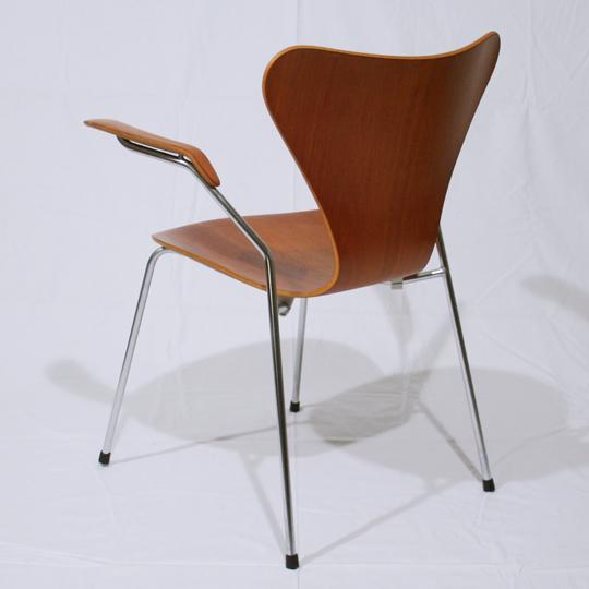 チェア&ソファ「Model-3207 Seven Arm Chair (teak)」