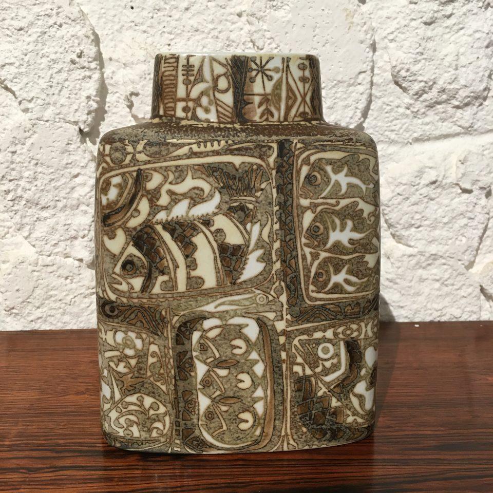北欧雑貨「魚文様扁壺花瓶」
