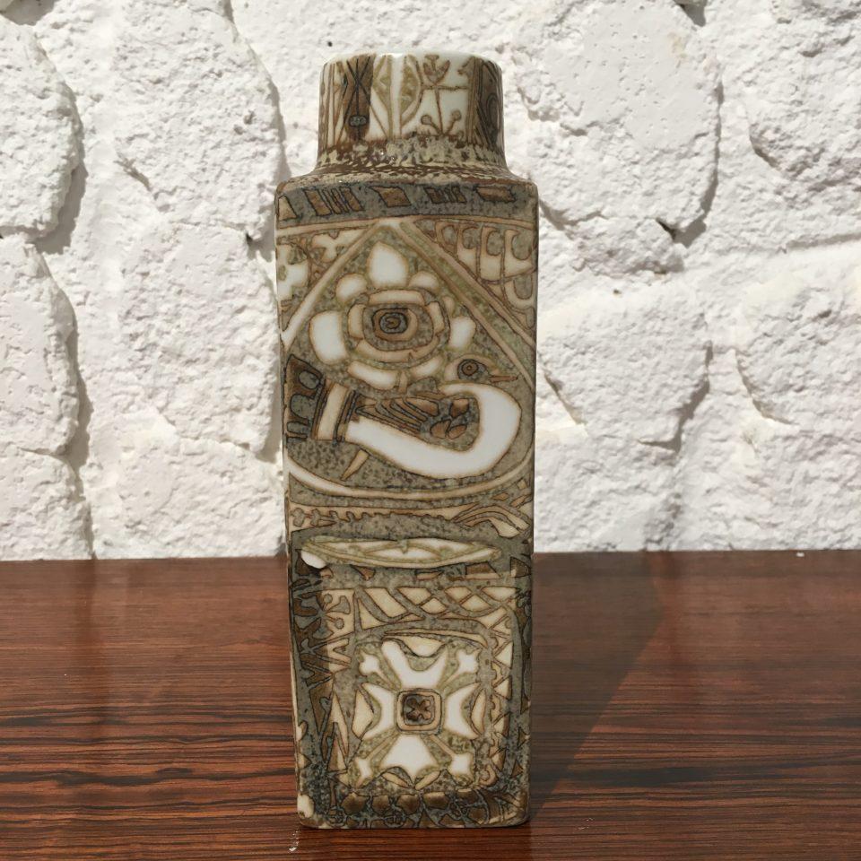北欧雑貨「魚に鳥文角型花瓶」
