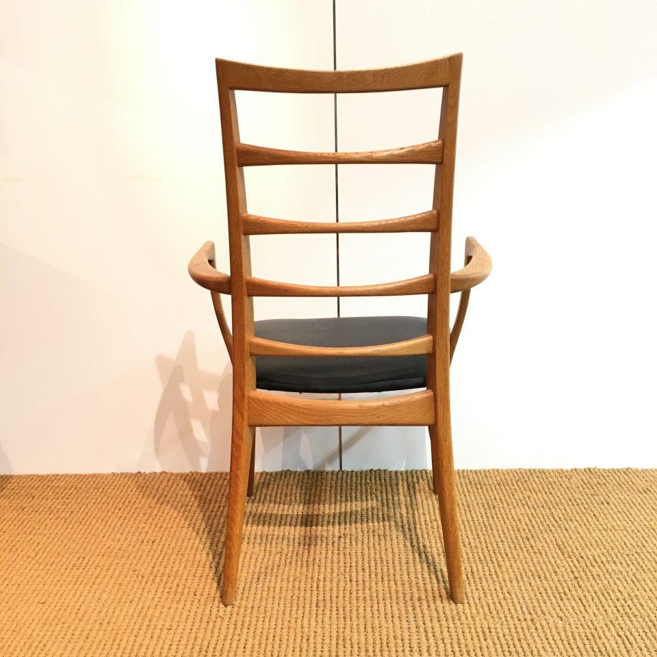 チェア&ソファ「Hornslet Chair」