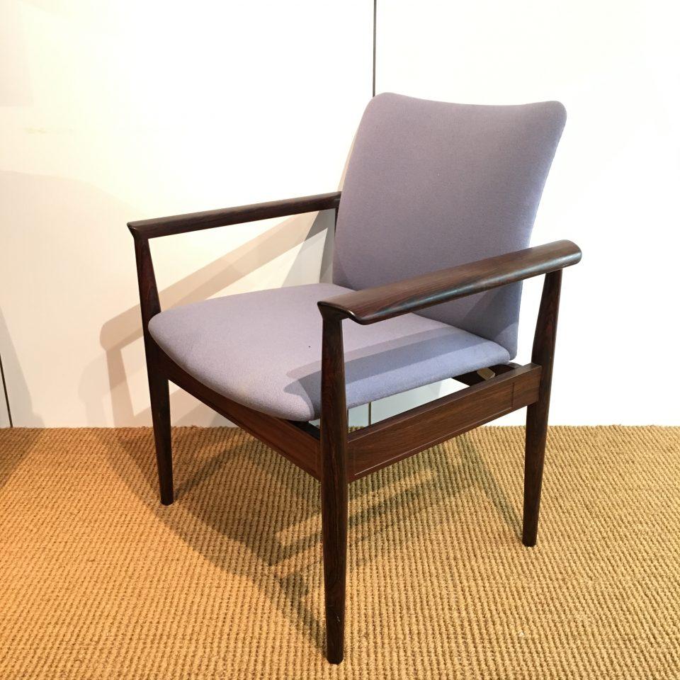 チェア&ソファ「Diplomat Chair」