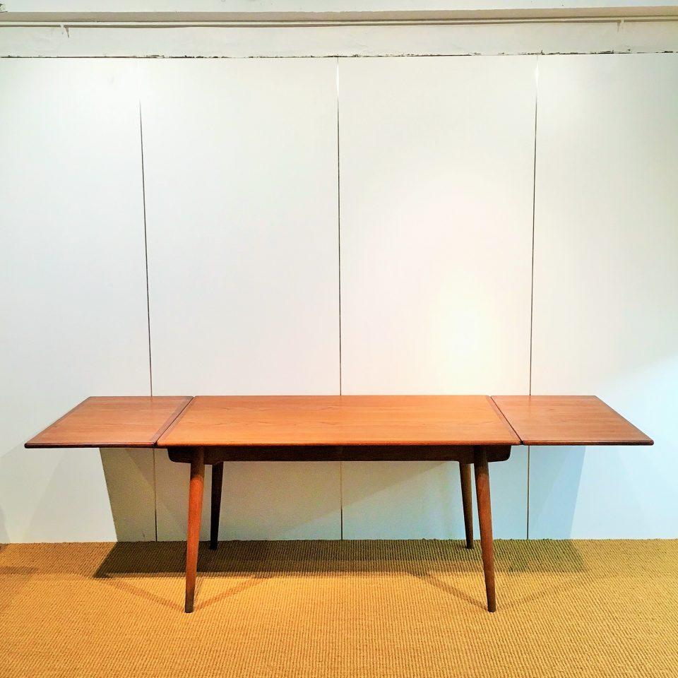 テーブル「AT-312 ダイニングテーブル」
