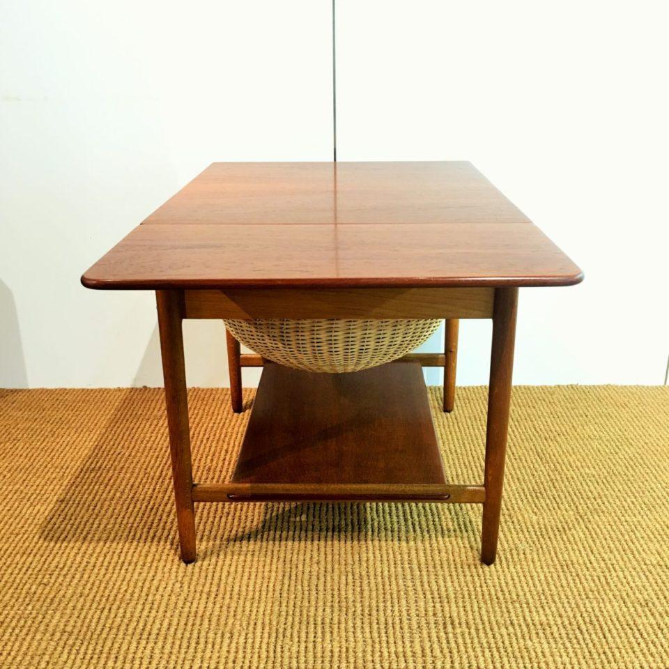 テーブル「AT-33 ソーイングテーブル」