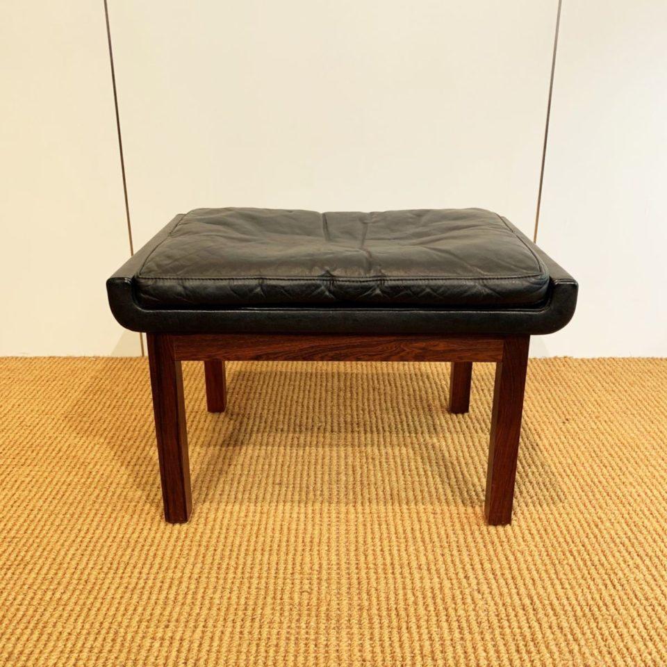 チェア&ソファ「スツール (black leather)」