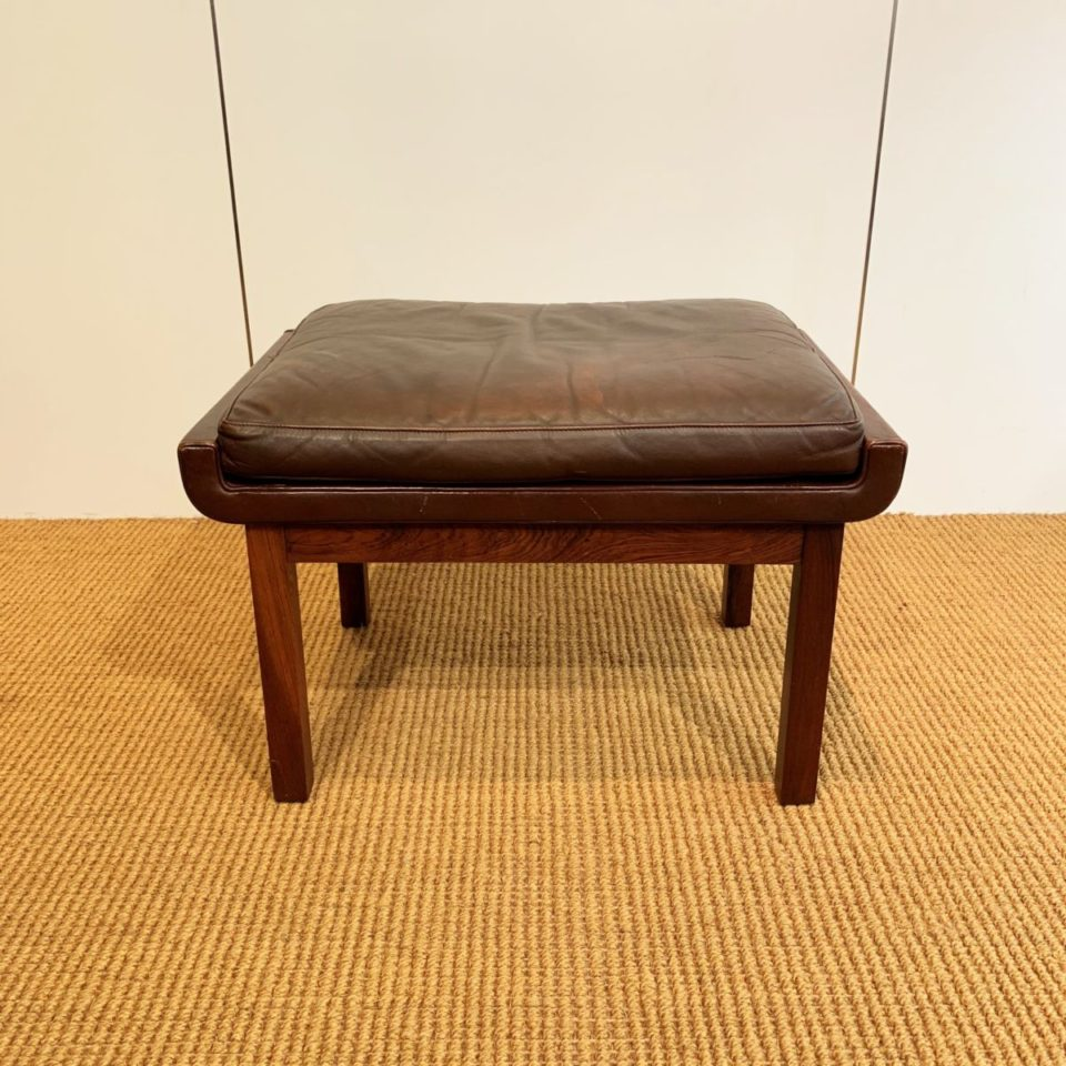 チェア&ソファ「スツール (brown leather)」