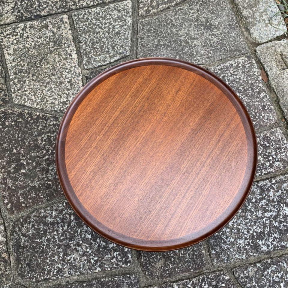 「サイドテーブル」