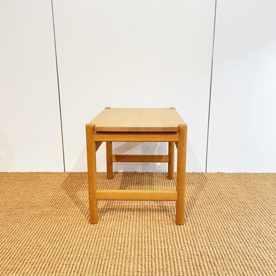 テーブル「PP Mobler社 サイドテーブル」