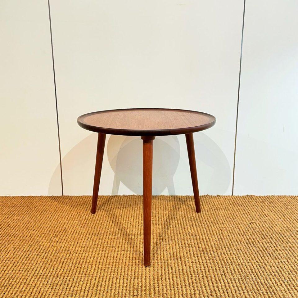 テーブル「スリーレッグ サイドテーブル」