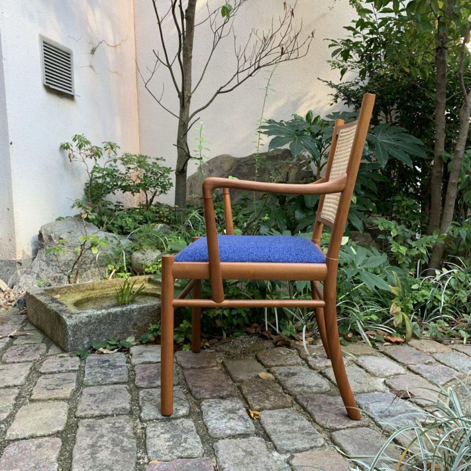 「PJ-301  Colonial chair」